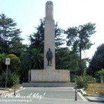 Vibo Valentia - monumento a Luigi Razza